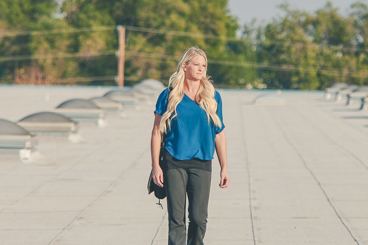 Heather-Murray-on-a-roof